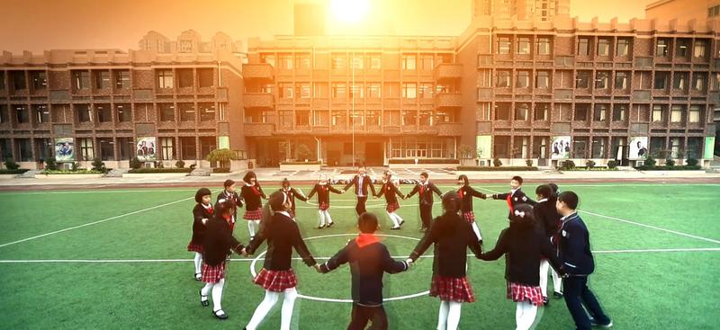 英朗影視順利簽約東城小學建校十周年宣傳片項目,下周進入堪景和實拍階段